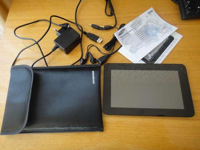 планшет с зарядкой