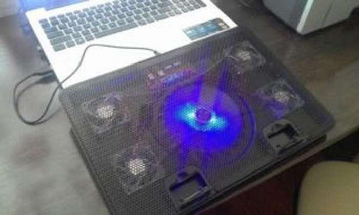 При включении ноутбук щелкает и не запускается