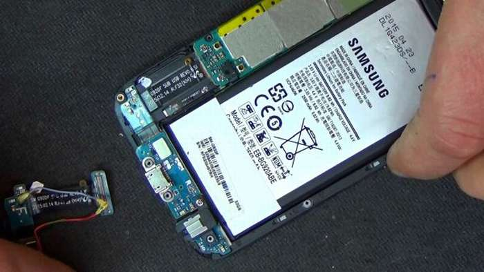 Внутренности телефона Samsung